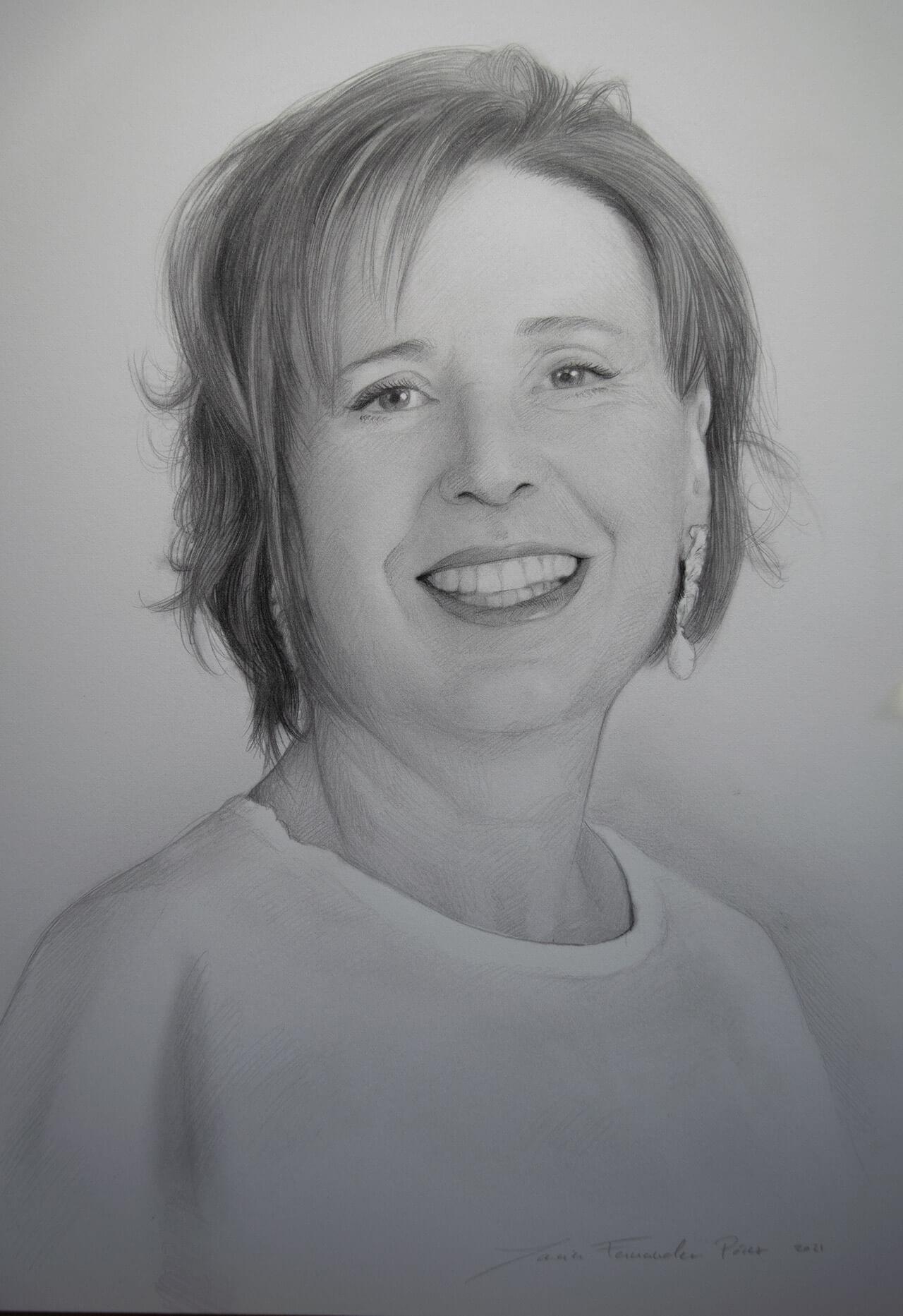 retrato a carboncillo y lapiz de mujer