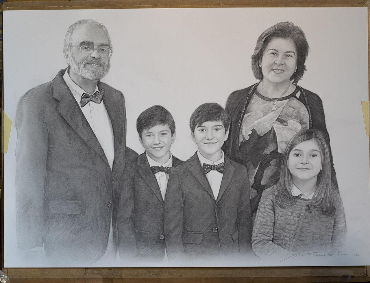 retrato a lapiz de familia